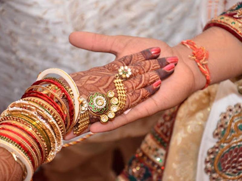 Covid-19 Effect: सोशल डिस्टेंसिंग के लिए पंजाब में दुल्हन ने ससुराल पहुंचकर रचाई शादी