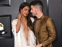Priyanka Chopra ने तब पहनी थी बोल्ड अंदाज वाली ड्रेस, सोशल मीडिया में अब तक हो रही चर्चा