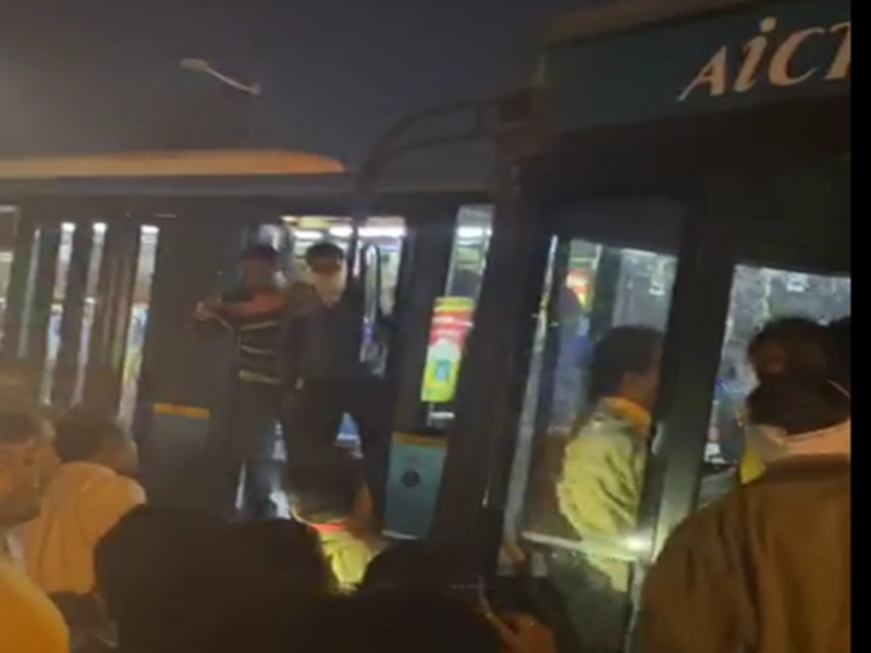 ndnimg/27022020/27 02 2020-i bus accident2 2020227 212722