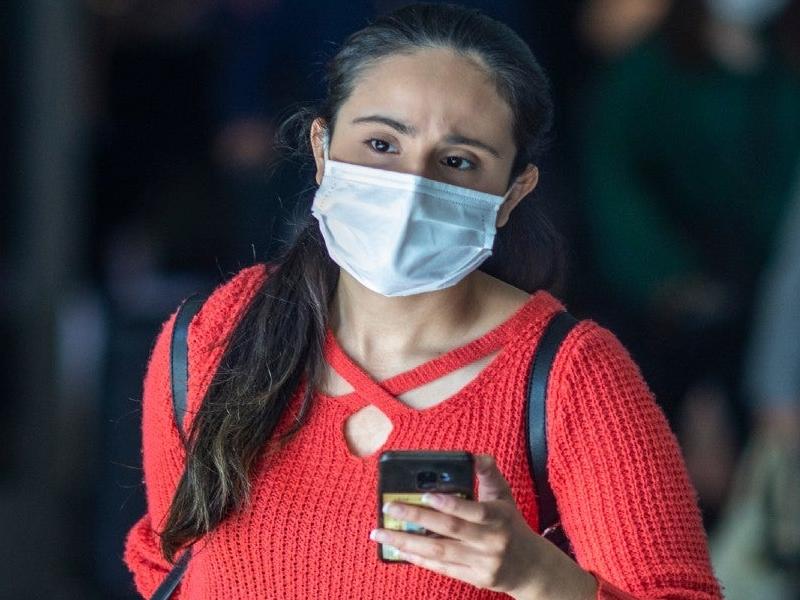 Coronavirus News Today Live: कोरोना वायरस से भारत में एक और मौत, संक्रमण के बावजूद की थी रेल यात्रा