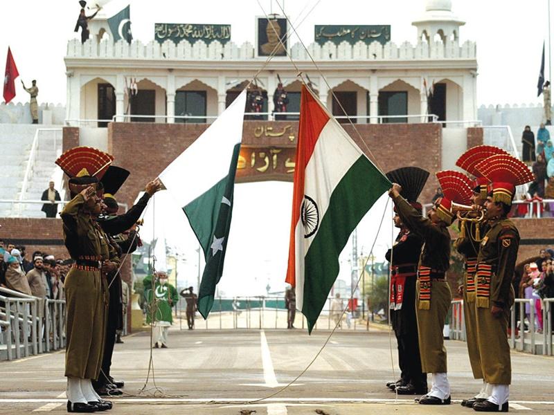 लॉक डाउन की वजह से भारत में फंसे 176 पाकिस्तानी लौटे घर