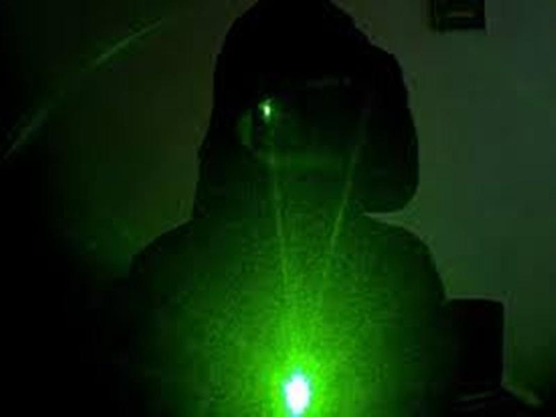 Dhamtari Crime :  आंखों पर लेजर लाइट मारकर ऐसे लूटे 26 हजार रुपए