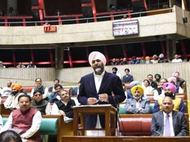 Punjab Budget 2020: अब 12वीं तक शिक्षा मुफ्त, खुलेंगे नए मेडिकल कॉलेज, जानिए किसे क्या मिला