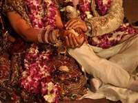 Raipur News: शादी में शामिल हो सकेंगे 50 लोग, सातों दिन शाम सात बजे तक खोल सकेंगे दुकानें