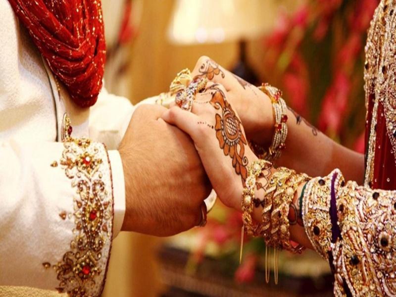 शादी में 250 लोग किए आमंत्रित, 16 लोग हुए संक्रमित, छह लाख का लगाया जुर्माना