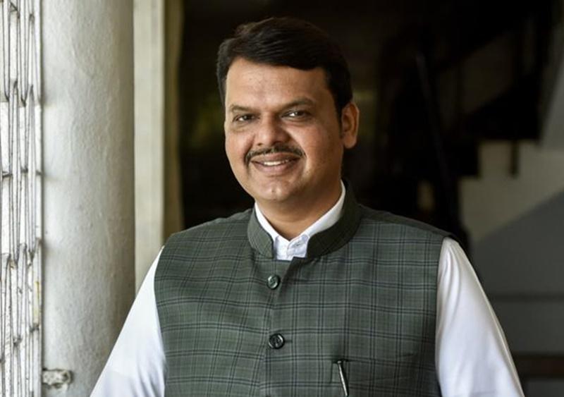 Devendra Fadnavis Profile : बजट पर लिख चुके हैं किताब, जानिये महाराष्ट्र CM देवेंद्र फडनवीस की खास बातें