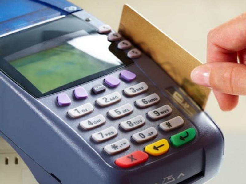 वित्त मंत्री निर्मला सीतारमण का बड़ा ऐलान, RuPay कार्ड और UPI से लेनदेन पर नहीं लगेगा MDR चार्ज
