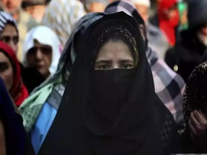 Uttar Pradesh: तीन तलाक पीड़िताओं को 6000 रुपए पेंशन देगी योगी सरकार