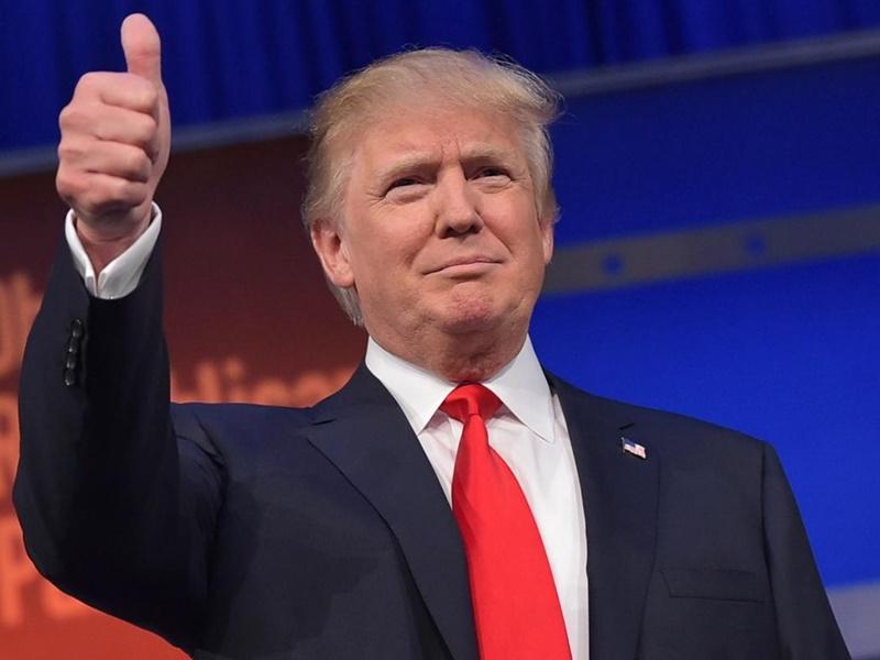 सोशल मीडिया पर लगाम कसने को राष्ट्रपति ट्रंप ने कार्यकारी आदेश पर किए हस्ताक्षर