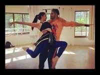Varun Dhawan के साथ डांस की रिहर्सल करते हुए Kiara Advani की हो गई थी टक्कर, शेयर किया पुराना वीडियो