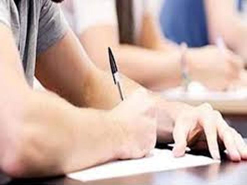 Medical Course Examinations : मेडिकल कोर्स परीक्षाओं का मामला पहुंचा कोर्ट, याचिका दायर