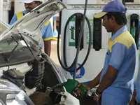 Diesel Rate in Delhi: दिल्ली में डीजल 8.36 रुपए सस्ता, 30% वैट घटाया गया