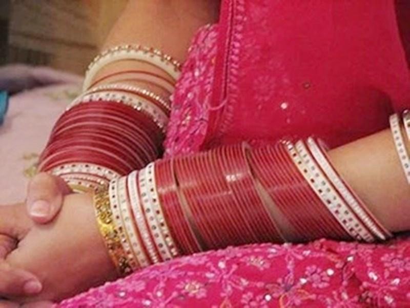 Ujjain Crime News : पति ने दो लाख लेकर करवा दी पत्नी की दूसरी शादी