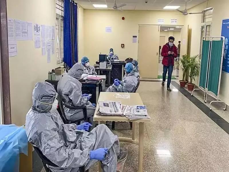 Coronavirus: दिल्ली में पिछले सारे रिकॉर्ड टूटे, एक दिन में आए 1295 नए मामले सामने