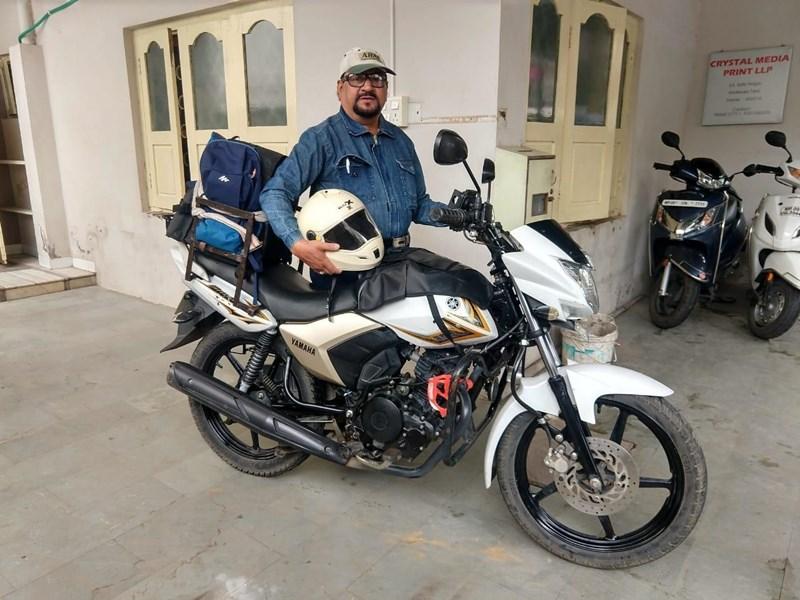 64 साल की उम्र में बाइक से 2600 किलोमीटर की यात्रा कर लौटे हैदरी
