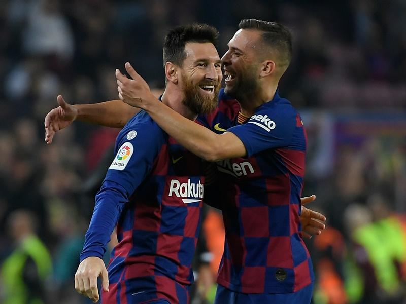 La Liga: लियोनेल मेसी के शानदार प्रदर्शन से बार्सिलोना शीर्ष पर