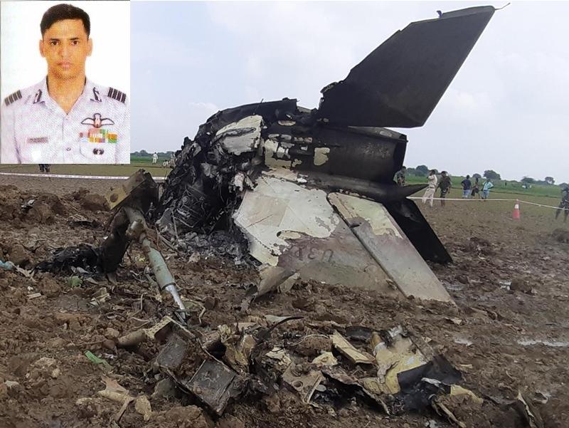 Madhya Pradesh : बालाकोट एयर स्ट्राइक के हीरो ने बचाई कई जानें, जलते विमान को ले गए गांव से दूर