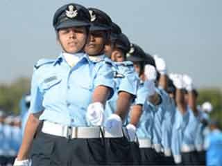 वायुसेना का हिस्सा बनीं 41 महिला फ्लाइट कैडेट्स