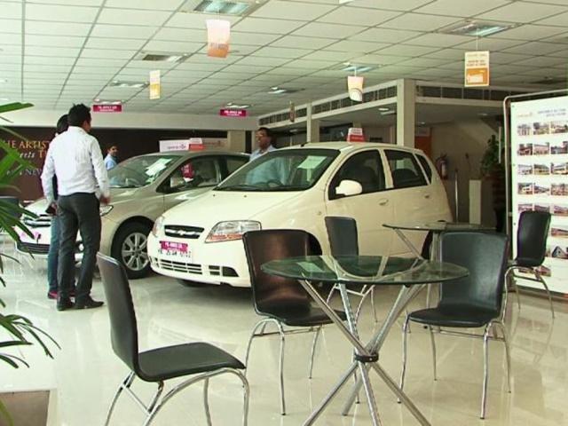 Jabalpur News : नंबर प्लेट लगने के बाद ही शो-रूम से निकलेंगे वाहन, फंस रहा पेंच