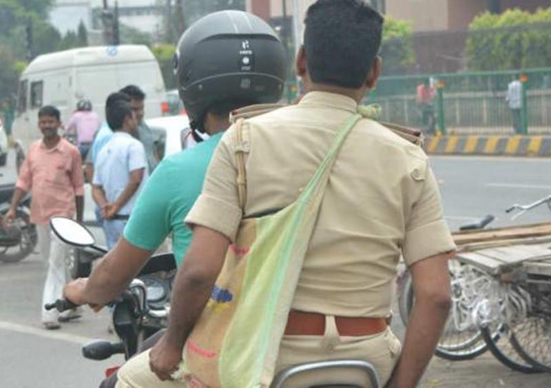 New Traffic Rules : बिहार में ट्रैफिक नियम तोड़ने पर पुलिस कर्मियों पर लगेगा दोगुना जुर्माना, वेतन से कटेगा