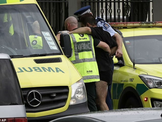 New Zealand Mosque में गोलीबारी में 50 मरे, ऑस्ट्रेलियाई आतंकी ने की हमले की LIVE Streaming