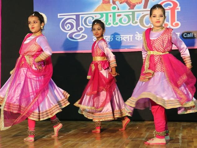 कथक नृत्य में सौम्य रूप के साथ शिव का रौद्र रूप भी हुआ साकार