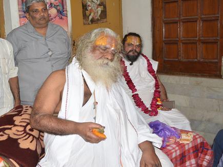 समझौते का सवाल ही नहीं, राम मंदिर वहीं बनेगा : नृत्य गोपालदास