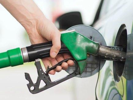 आज पेट्रोल हुआ सस्ता तो डीजल के बढ़ गए दाम, जानिए ताजा अपडेट