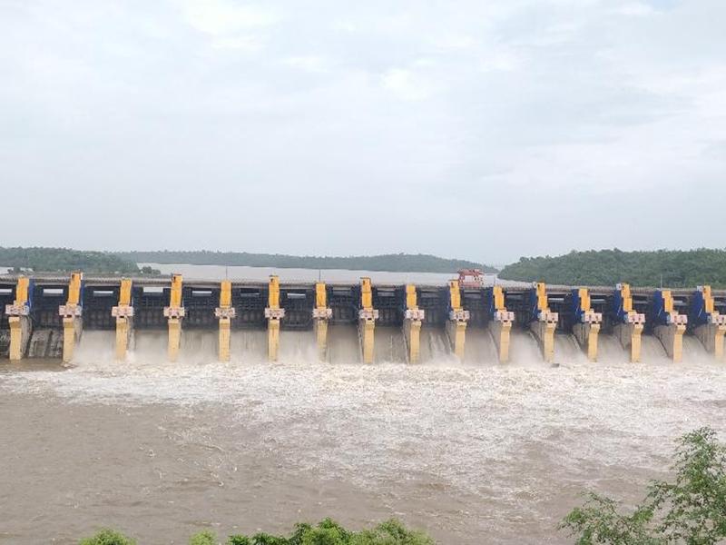 Rain in Madhya Pradesh : ओंकारेश्वर बांध में 18 और इंदिरा सागर में 12 गेट से छोड़ा जा रहा पानी