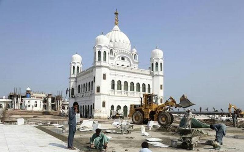 """Kartarpur Corridor : श्रद्धालुओं से पाकिस्तान द्वारा वसूले जाने वाले 20 डॉलर को कांग्रेस ने बताया 'जजिया कर"""""""