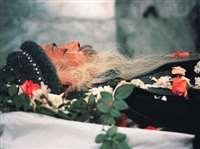 Osho Death Anniversary : ओशो का शव देख रोए नहीं थे संन्यासी, बल्कि किया था कुछ ऐसा, देखें तस्वीरें