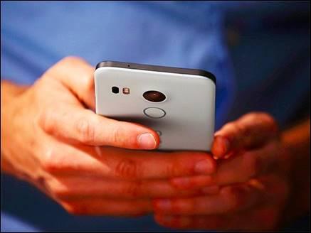 यूज करते समय स्मार्टफोन होता है ओवरहीट तो आजमाएं ये टिप्स