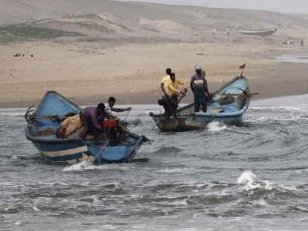 सीमा सुरक्षा बल ने सरक्रीक में पकड़ी पांच PAK नौकाएं