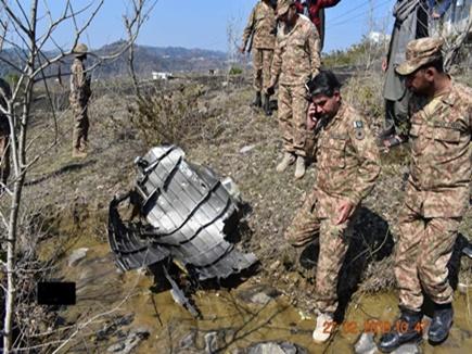 भारतीय समझ एफ-16 के पायलट को पाक ग्रामीणों ने पीट- पीटकर मार डाला