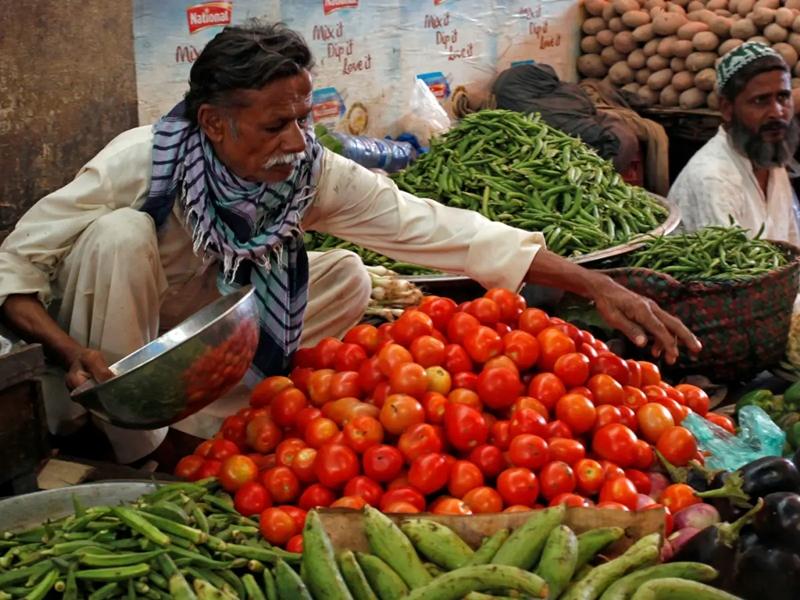 Pakistan downgrades ties with India: कंगाल पाकिस्तान का सोशल मीडिया पर उड़ा मजाक - अब टमाटर कैसे खाओगे