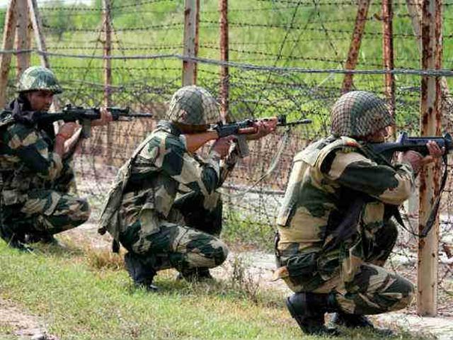 Pakistan Ceasefire Violation: भारत की बड़ी कार्रवाई, पाक के दो अफसरों समेत 12 सैनिक ढेर