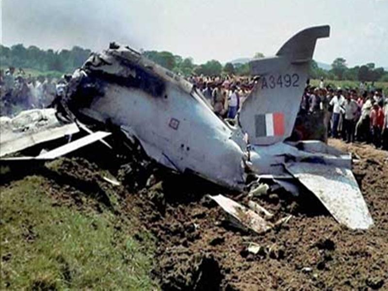 तीन साल में वायुसेना ने खोए 27 विमान,  रक्षा राज्य मंत्री ने संसद में दी जानकारी