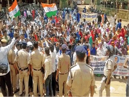 प्रदर्शनकारियों ने किया पन्ना बंद, आदेश के खिलाफ दिया ज्ञापन