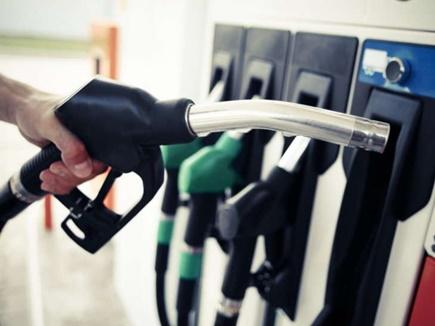 पेट्रोल और डीजल की कीमतों में नहीं हुआ बदलाव, कायम रही कीमतें