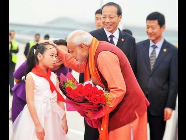 तस्वीरों में देखिये प्रधानमंत्री का चीन दौरा