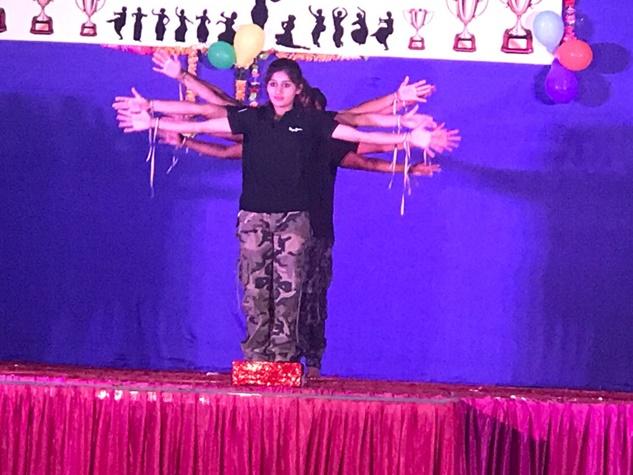 नवआरक्षकों का दिखा जुदा अंदाज, डांस के साथ सामाजिक संदेश भी दिया