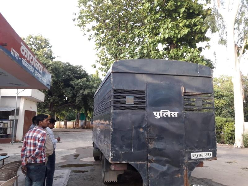 Sambhal Policemen Murder: सम्भल में दो सिपाहियों की हत्या कर तीन कैदी हुए फरार