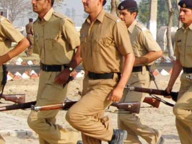 10वीं-12वीं पास के लिए पुलिस में नौकरी, 14 हजार पदों पर वैकेंसी, जानिए डिटेल