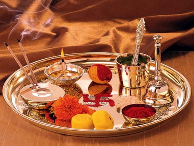 ऐसे करें आरती, मिलेगा पूजा का फल और पूरी होंगी इच्छाएं