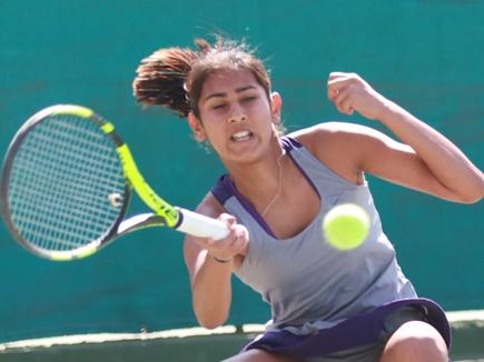 नेपाल के कोईराला परिवार की सदस्य प्रेरणा टेनिस में बना रही करियर
