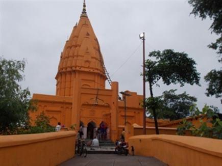 इस शिव मंदिर में स्थापित है एशिया का सबसे बड़ा शिवलिंग