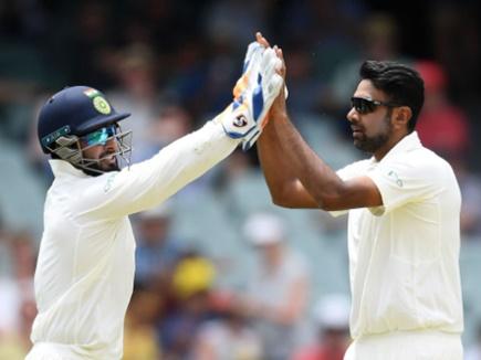 Ind vs Aus: ट्रेविस हेड की फिफ्टी के बावजूद ऑस्ट्रेलिया संघर्षरत