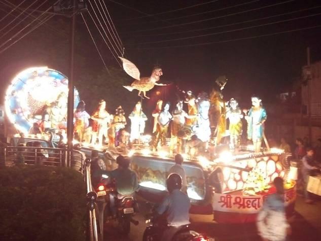 रायपुर में निकली आकर्षक झांकियां