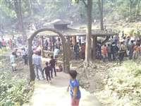 नए साल का स्वागत करने पर्यटन स्थलों पर उमड़ी भीड़
