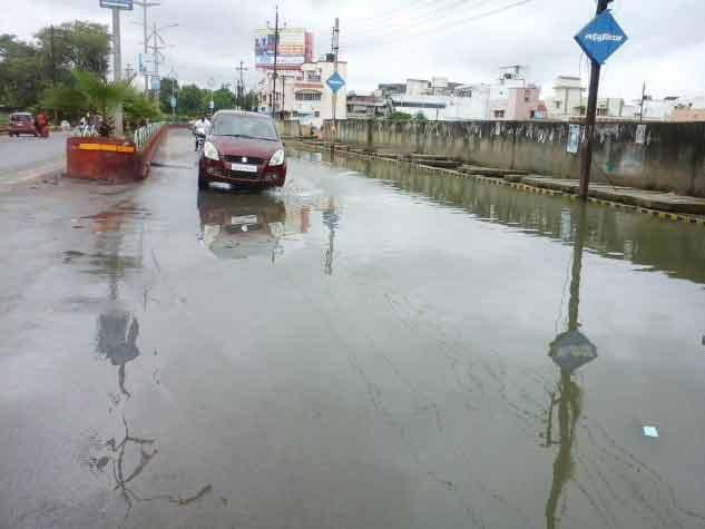 बिलासपुर में बारिश से कई स्थानों पर भरा पानी